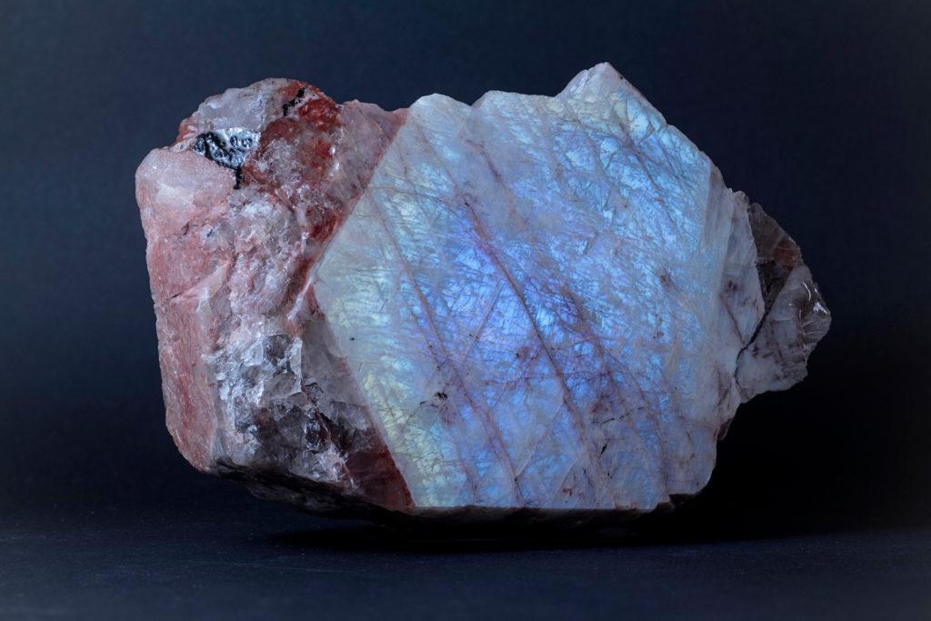 Беломорит минерал