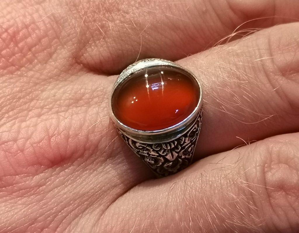 Перстень с карнеолом