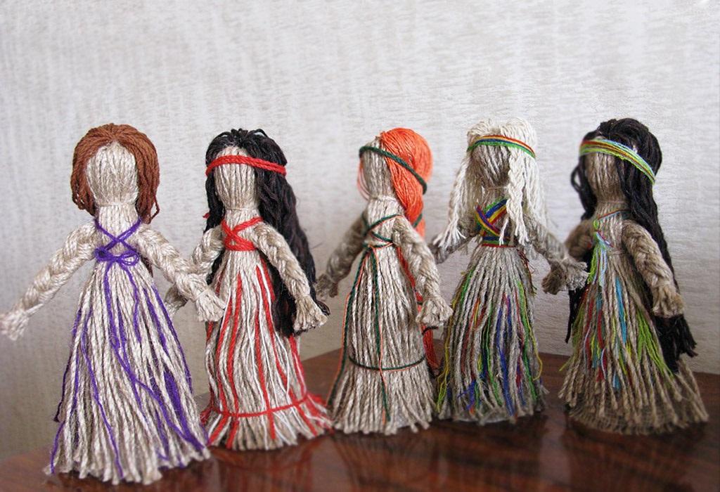 Куклы мотанки из ниток