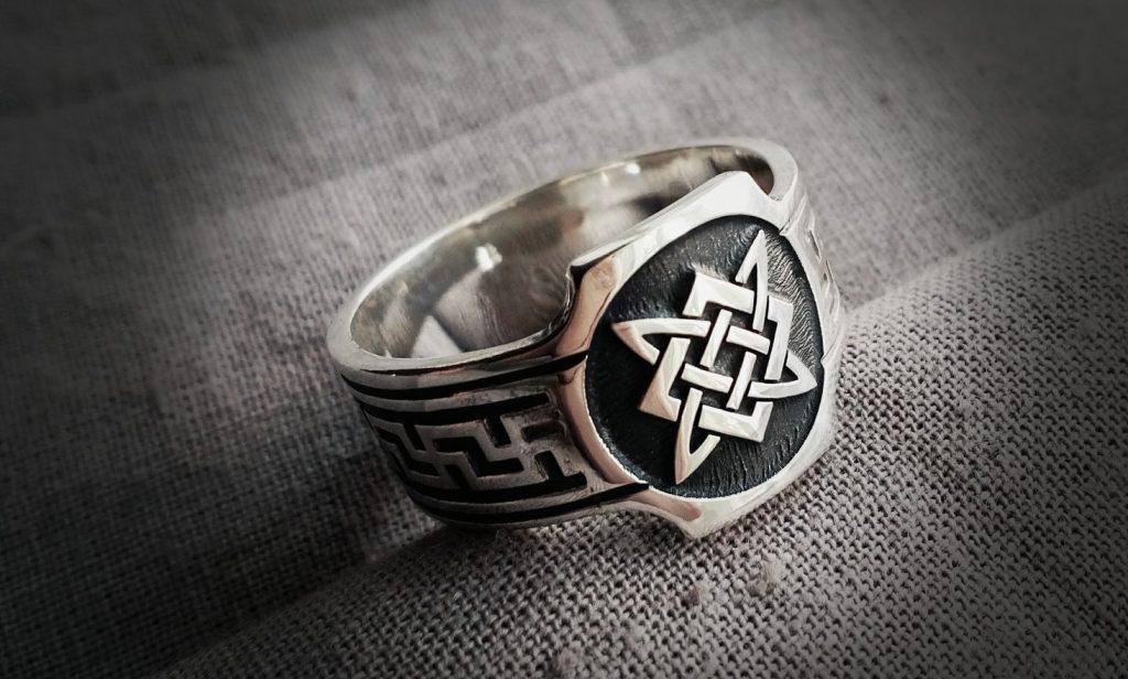 Кольцо со звездой Руси